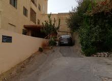 شقة في طبربور قرب اشارة طارق مول بجانب مسجد الفردوس
