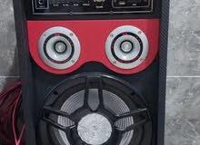 يوجد.لدي سماعتين كبيره للايجاره او البيع يوجد لدي جهاز ليزر