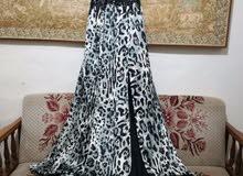 فستان سهرة او مناسبة حالة جيدة جدا ، لبسة واحدة فقط ومنظف