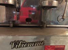 مكنه صنع القهوه  ايطالي بحاله جيده 3 جروب وحنفيه مياه سخنه