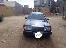Blue Mercedes Benz E 300 1986 for sale