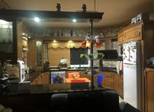 شقة مع ديكورات فخمة جدا تشطيبات سوبر ديلوكس للبيع
