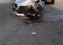 سياره مكنسله فيها حادث من جهه اليسار مكينه وجير زينه