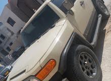 للبيع سياره تويوتا اف جي كروزر 2009 نظيفه