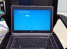 كومبيوتر محمول . laptop