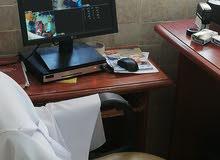 مطلوب طبيب أو طبيبة أسنان للعمل في عيادة في خريبة السوق