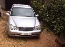 مرسيدس C200 موديل 2002