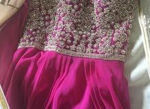 فستان ملبوس مره وحده فقط للبيع