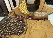 للبيع خيمة مبطنة و ضد الماي لشخصين و فراش نوم مبطن وضد الماي
