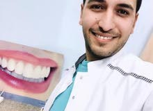 طبيب أسنان يقصِد السّعودية