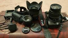 كاميرا كانون 550d نظيفه جدا مع العدسات ثلاث