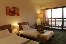 فندق مميز للبيع في دبي البرشاء