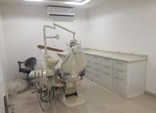 اخصائين في طب الاسنان