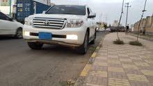 صالون لاندكروزر عمانيv6 مجمرك مرقم نظيفة جداً بسعر مغري 70000ريال سعودي