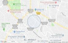 منزل مستقل في جبل الحسين مساحته 561م طابقين 3شقق