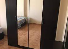 شقة للايجار مفروش بأكتوبر فرش راقي جدا علي المحور الخدمي مباشرة