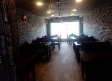 مطعم بكامل معداته مجهز كامل للبيع موقع مميز