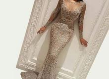فستان سواريه وارد دبي