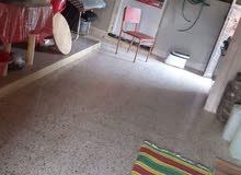 منزل سيدي خليفة بالقرب من مركز الشرطة الأرض 570المشقوق 180