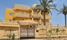 دار 1800 متر للايجار في الجادرية