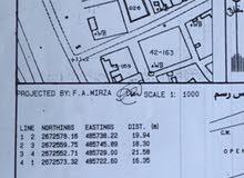 أرض تجاريه  للبيع في المعقله، أول أرض ع الشارع الداخلي مساحتها 359 متر مربع...