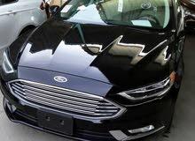 سيارات وباصات حديثة لتوصيل الطلبات