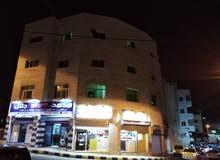 مجمع تجاري على شارعين مساحه 1900 متر مربع للبيع تقاطع مثلث المخازن - جبل النصر