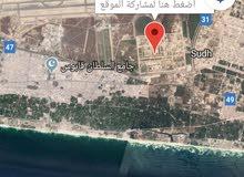 للبيع أرض في صلاله سكني تجاري مطلوب 85 كونر مساحه 668 بلقرب من محطة بترول بالقرب