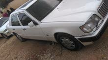Gasoline Fuel/Power   Mercedes Benz E 200 1992