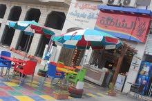 للبيع مطعم بيتزا ومناقيش بكامل العدة والديكور مطل على البحر بشارع رئيسي