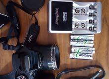 للبيع كاميرا فوجي S2980 + شاحن أنرجايزر مع 4 بطاريات