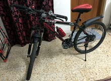 دراجة هوائية صيني حديثة استعمال اسبوع خفيفة الوزن وبريكات هيدروليك حجم 27 مع ملحقاتها