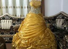 فستان خطوبه للبيع بسعر مغري