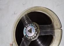 قطعه اثريه جهاز فيديو قديم جدا وشغال 100بل100مع اشرطه للبيع