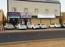 للبيع عماره 702م حي اليرموك
