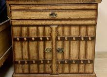 طقم غرفة نوم كامله مستعمله الحاله ممتازه وخشب قوي 6 قطع قابل للتفاوض