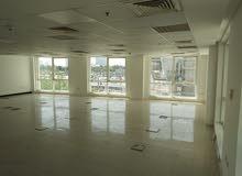 دبي بورسعيد مكاتب للايجار ببرج تجاري راقي مساحات مختلفة - ايجار سنوي شامل التكييف
