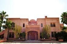 قصر جميل للبيع بمراكش المغرب Beau Palais à vendre à Marrakech du Maroc