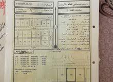 ارض للبيع من المالك في البريمي اول خط من الشارع  امامها مسجد الغريفه الثالثه