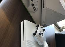 Xbox one S شبه جديد للبيع