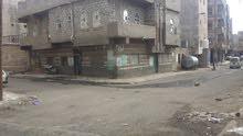 للبيع عماره. تحت شارع خولان في المنطقه التجاريه لقطع غيار السيارات