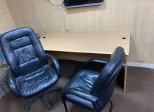 مكتب نظيف مستعمل فترة بسيطة