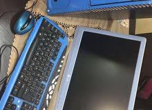 كمبيوتر مع ملحقاتو الشاشة lg