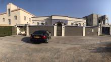 (فرصة اليوم ) منزل في الموالح الجنوبية مساحة البناء حول 400 متر والأرض 630 متر ب125 ألف