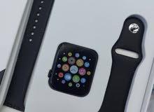 ساعة ذكية تعمل بنظام التشغيل متطور لمعرفة وقياس المسافات ونبض القلب وغيرها السا.