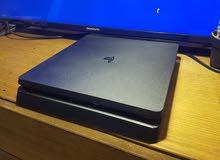 متوفر جهاز بلاسيتشن 4 سليم مع 3 سيدهات من اقوى الألعاب