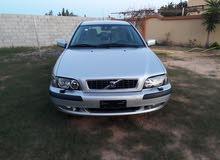 فولفو  v40 موديل 2003