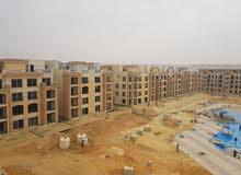 شقه للبيع في ارقي كمبوند سكني علي الدائري مباشرا في التجمع الخامس