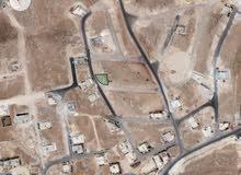 للبيع ارض 487 م على شارعين في ابو نصير  شمال عمان حوض الوسيه خلف الكليه البحريه