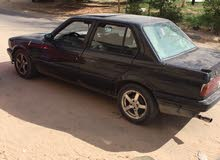 Used condition BMW 318 1998 with +200,000 km mileage